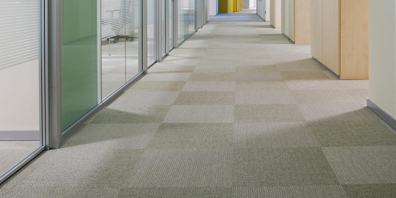 liuni-pavimenti-corridoi-aree-comuni-uffici