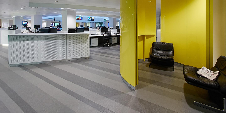liuni-pavimenti-open-space