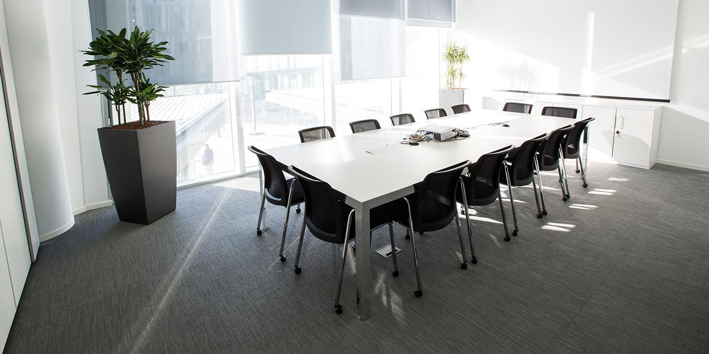 liuni-settore-contract-pavimenti-uffici-hitachi