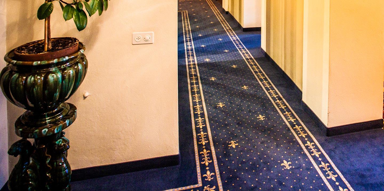 liuni_moquettes_stampate_studio_hotel_corridoi