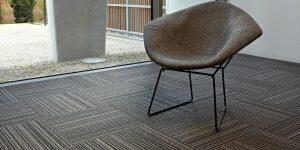 liuni_moquettes_tufted_boucle_quadrotte_autoposanti_uffici_first-stripes-989