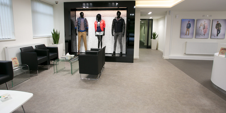 liuni_pavimenti_showroom
