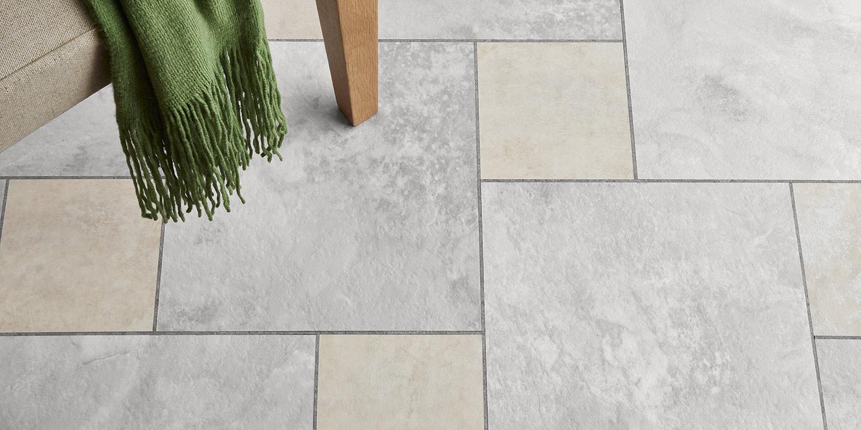 liuni_pavimenti_stampati_lvt_pietra_incollo_camaro_stone_2341-2332_white-metalstone_arctic-slate