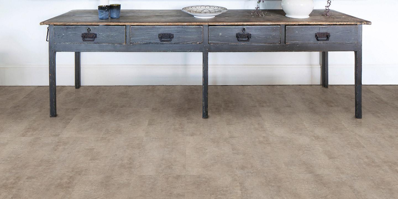 liuni_pavimenti_stampati_lvt_pietra_incollo_camaro_stone_2343_organic-concrete