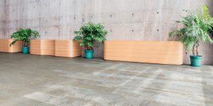 liuni_pavimenti_stampati_lvt_pietra_incollo_expona_commercial_5055-lobby_raw-cement