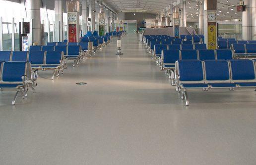 liuni_pavimenti_vinilici_omogenei_direzionali_200_pur_aeroporti