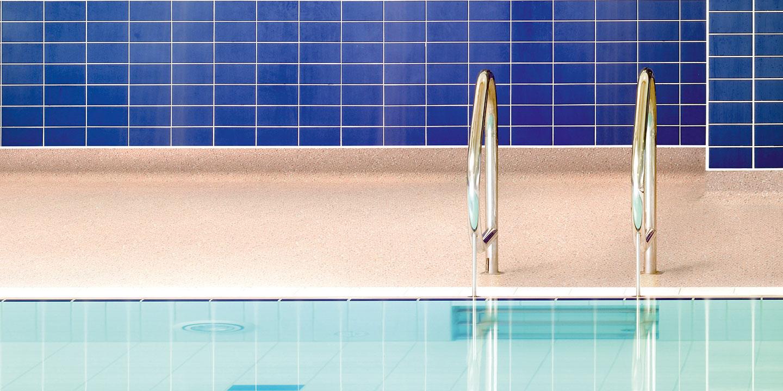liuni_pavimento_antiscivolo_piscine
