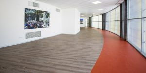 pavimentazioni-effetto-legno-uffici