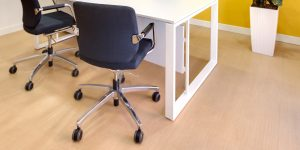 pavimenti-vinilici-autoposanti-uffici