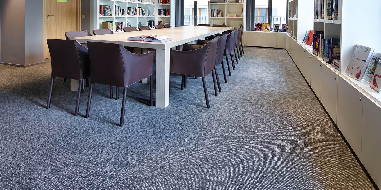 liuni-pavimenti-biblioteca