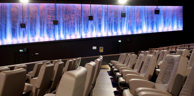 liuni-rivestimenti-parete-personalizzati-decorativi-fonoassorbenti-cinema-6