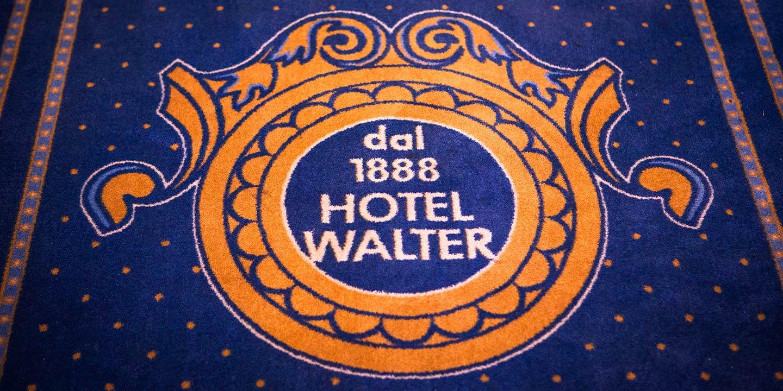 moquette-personalizzata-con-logo-hotel