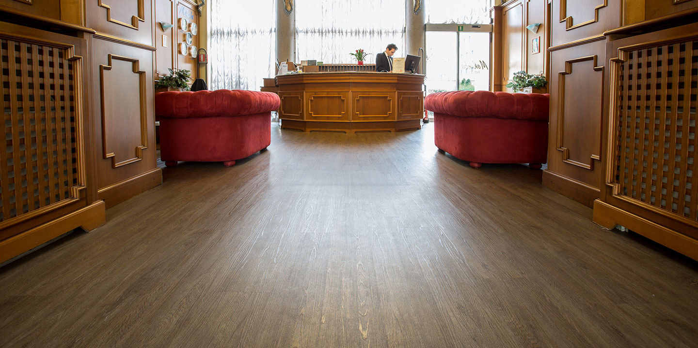 pavimenti-click-legno-liuni