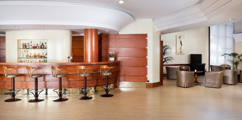 pavimenti-lobby-hotel-liuni
