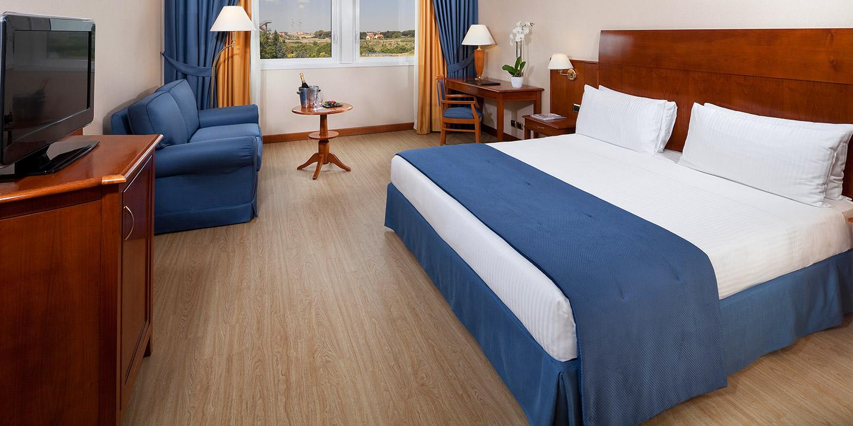 pavimenti-stampati-legno-hotel