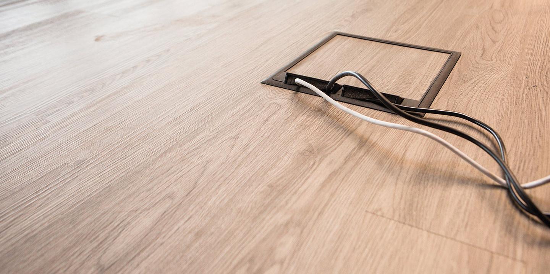 Pavimento Magnetico effetto legno su sopraelevato