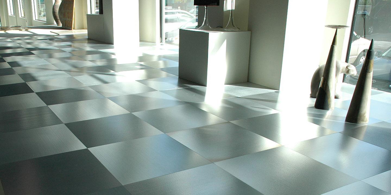 liuni_pavimenti_showroom_alluminio