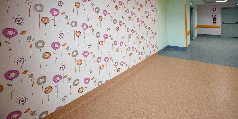 liuni-rivestimenti-murali-ospedali