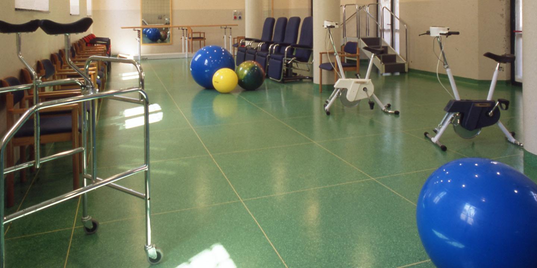 pavimenti-rsa-palestra-riabilitazione