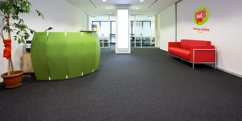 liuni-ingresso-ufficio-moquettes-reception