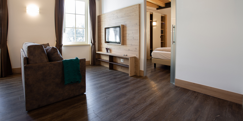 pavimento-lvt-effetto-legno-eco-55-liuni