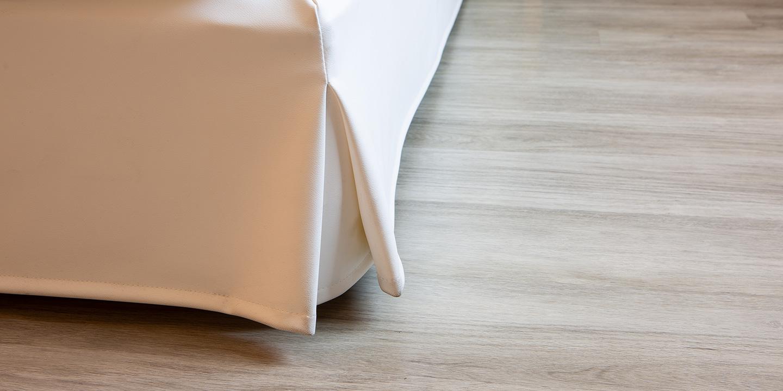 rivestimento-sommier-letto-hotel-liuni-pavimento-lvt-effetto-legno-sistema-incastro