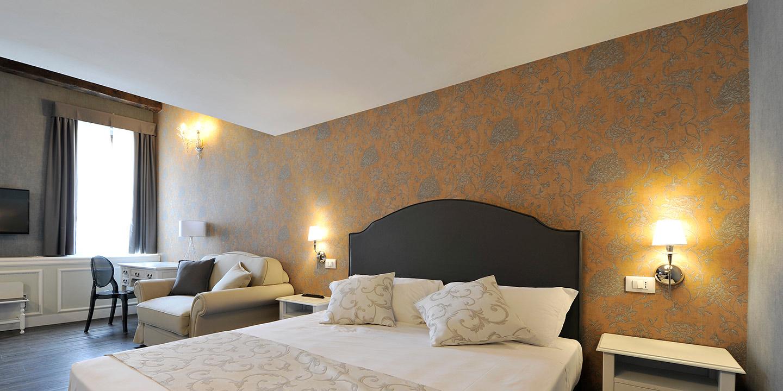 liuni-alberghi-rivestimenti-murali-design-tende-coprenti