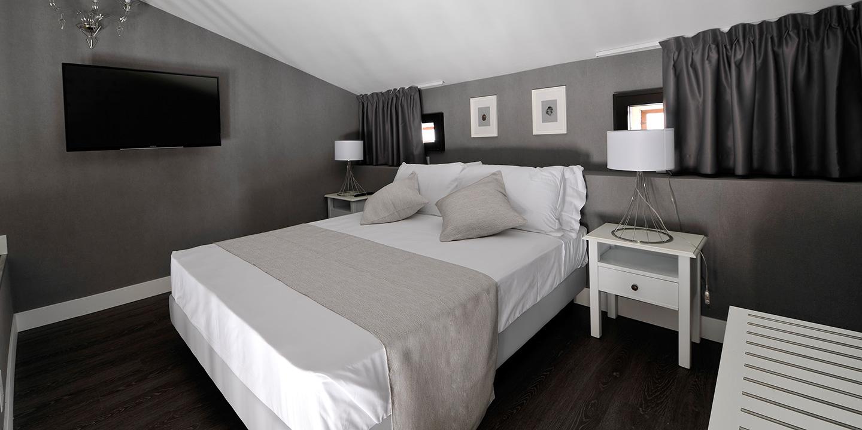 liuni-hotel-maxxim-ferrara-pavimenti-tende