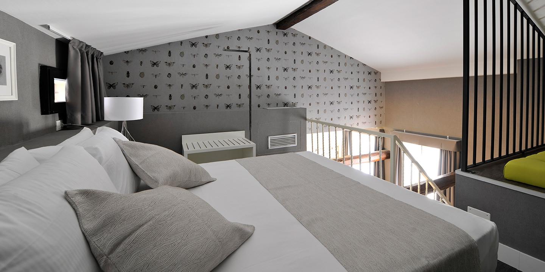 liuni-rivestimenti-murali-chacran-hotel