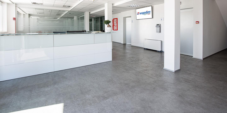 liuni-pavimento-effetto-pietra
