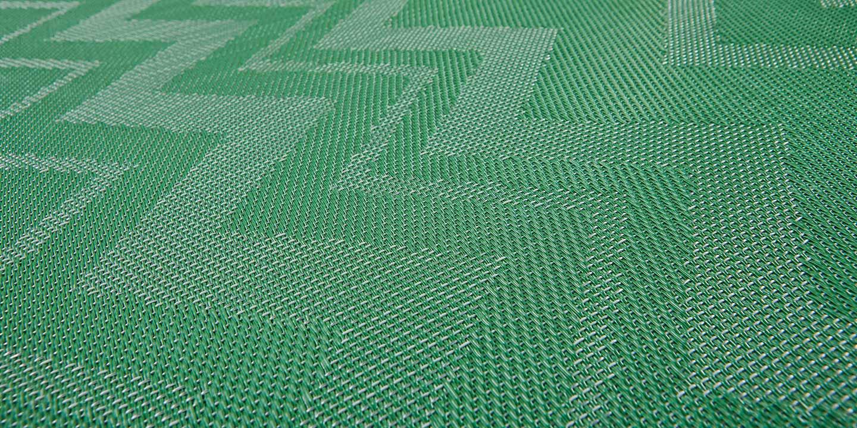 liuni_bolon_flooring_missonihome_zigzaggreenclose